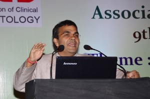 Dr. Banshi Saboo delivering his lecture on GLP-1 analogs : What the future holds - hope or hype?